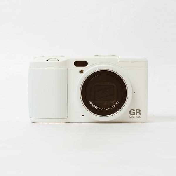 RICOH GR DIGITAL Ⅳ ホワイトエディション